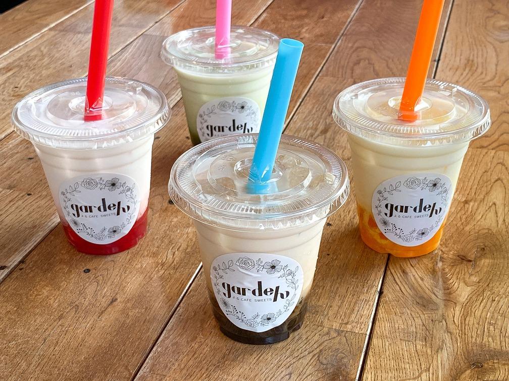 ミルクティー、イチゴミルク、抹茶ミルク、マンゴーミルクの4種類の中からお選び下さい。